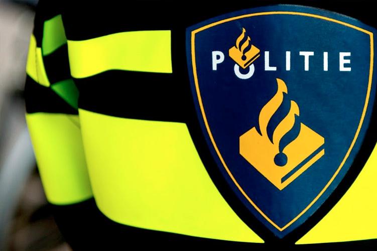 Katwijk - Gezocht - Man valt vrouw lastig langs de N206